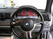 bmw red custom dials x5 2001-2006